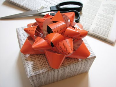 Bow Made From A Magazine from How About Orange