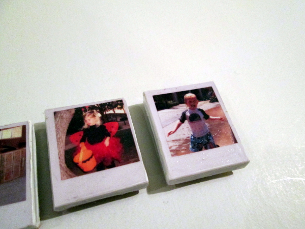 Tiny Polaroid Magnets | Red Circle Crafts