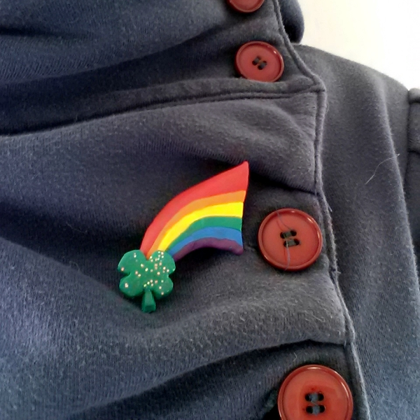 Rainbow & Shamrock Pin Tutorial | Red Circle Crafts