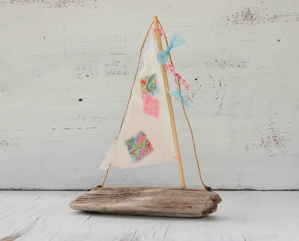 Driftwood Sail Boat from Blackbirds & Bumblebees