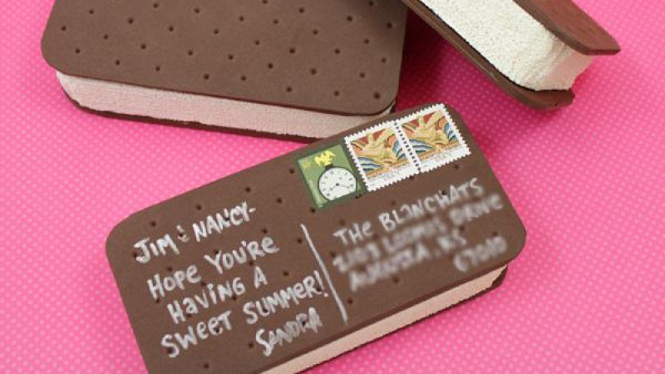 Ice Cream Sandwich Postcard from She Knows