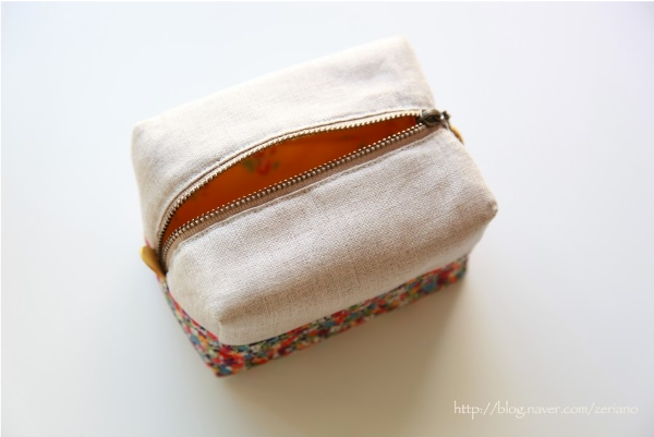 Block Zip Pouch Tutorial from Minki Kim