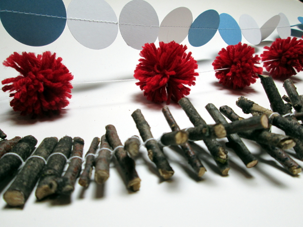 Make Christmas Garlands at Craft Night w/ Red Circle Crafts