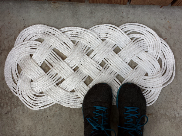 Braided Door Mat | Red Circle Crafts