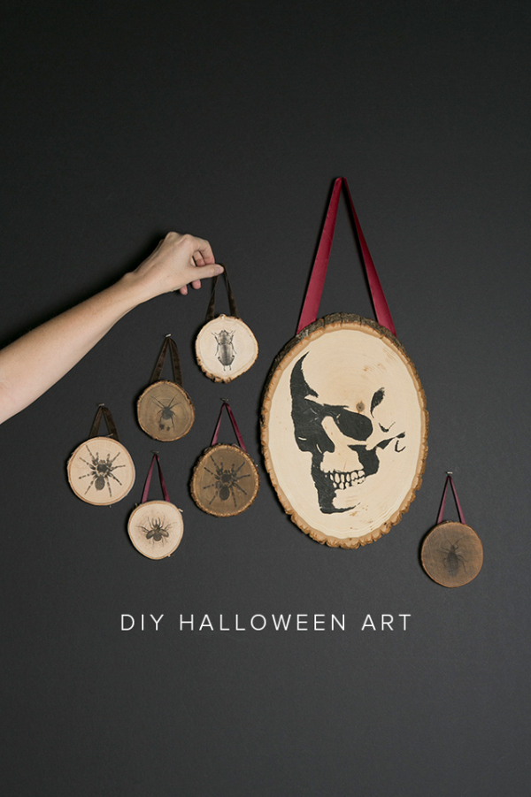 DIY Halloween Transfer Wood Plaques from The House That Lars Built