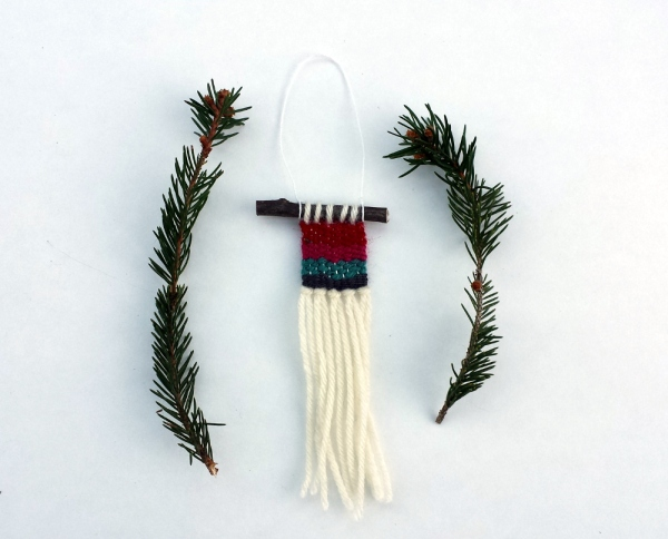 Tiny Weaving Ornament | Red Circle Crafts
